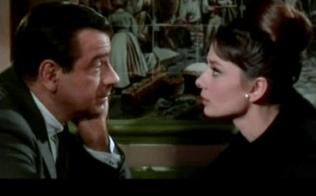 Walter_Matthau_and_Audrey_Hepburn_in_Charade