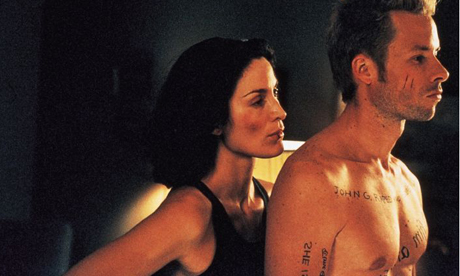 QUALITY: 2ND GENERATION-- MEMENTO starring Guy Pearce, Carrie Ann Moss and Joe Pantoliano, written and directed by Christopher Nolan will open in the UK on October 20 2000-- The ambiguity of identity of Leonard Shelby (Guy Pearce), and that of Natalie (Carrie Ann Moss) and Teddy (Joe Pantoliano) is the crux of Memento. - The film is distributed by Pathe Film Distribution. All pictures should be credited MEMENTO © Pathe. FOR FURTHER INFORMATION PLEASE CONTACT THE PATHE PRESS OFFICE ON 020 7323 5151